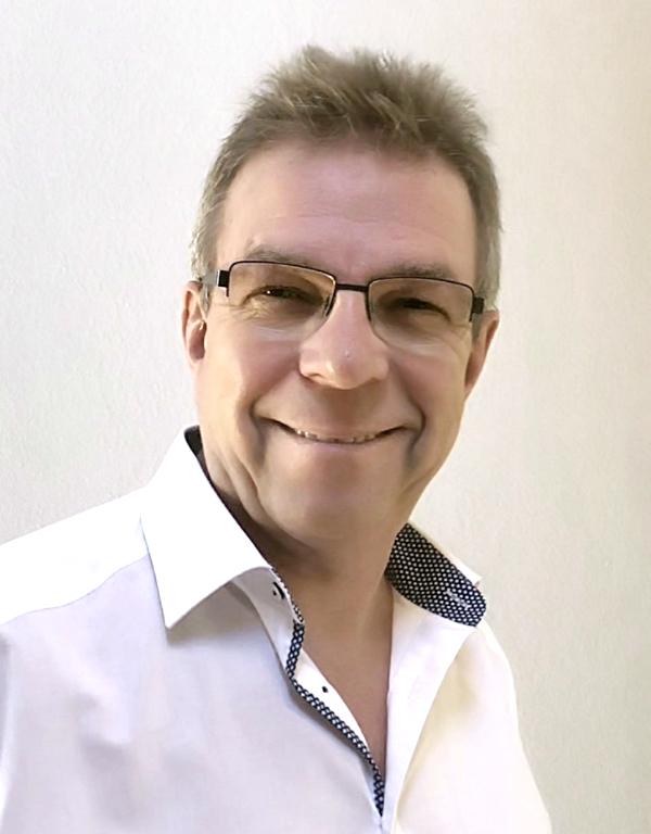 Rainer Barz